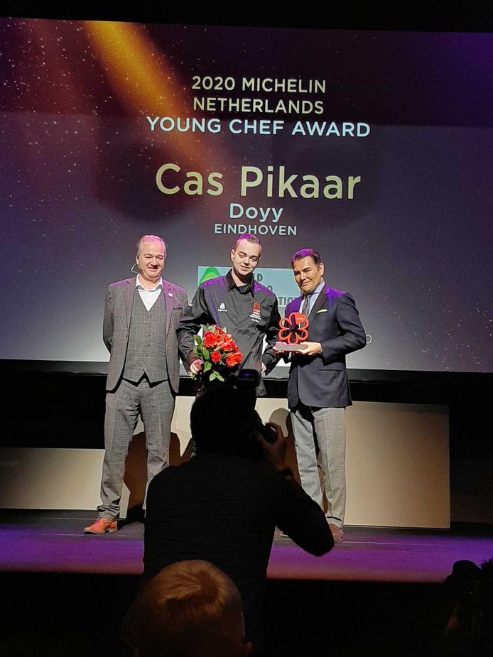 Cas Pikaar wint Young Chef Award van Michelin.