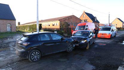 Rijbewijs ingetrokken na frontale botsing in Gentstraat