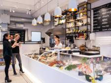 Financiële steun zorgt voor hoop bij viswinkel The Sea Food Shop: 'Het lijkt zowaar op een kleine revolutie'