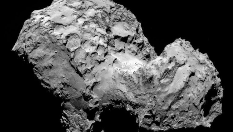 De komeet 67P/Churyumov-Gerasimenko gefotografeerd in augustus 2014 door Rosetta, het moederschip van Philae. Beeld EPA