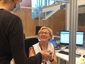 ELZ Scheldekracht trakteert alle medewerkers en vrijwilligers in vaccinatiecentrum
