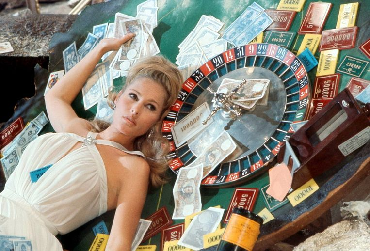 Ursula in Casino Royale (1967) Beeld Brunopress