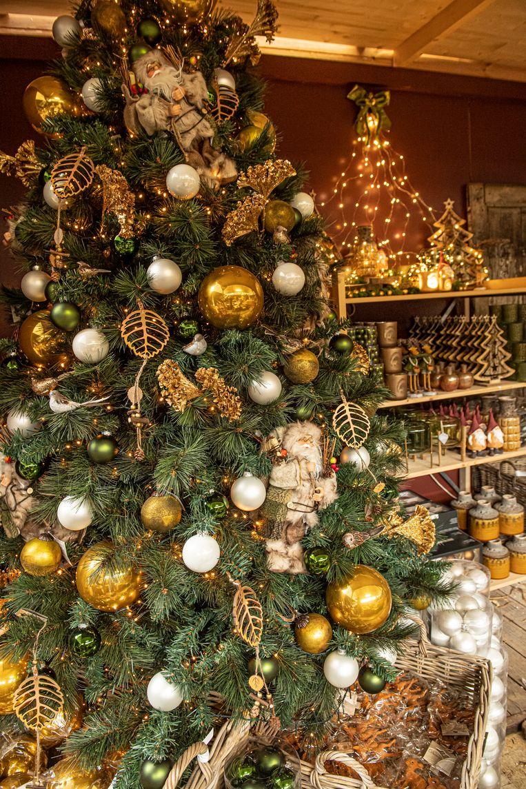 Nog meer dan vier maanden voor het Kerstmis is, maar bij Floralux overheerst de kerstsfeer al.