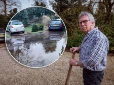 Als de waterleiding in Sibculo knapt, dan overstroomt altijd de tuin van Henk: 'Wij zijn het afvoerputje'