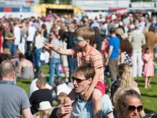 Apeldoorner wil niet binnen zitten tijdens foodtruck-festival