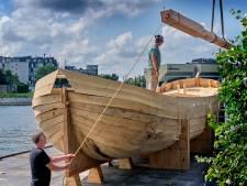 Er wordt al twee jaar gewerkt aan 'Rivier, boot, stad', maar opeens is er ophef: 'Hebben we zitten pitten?'