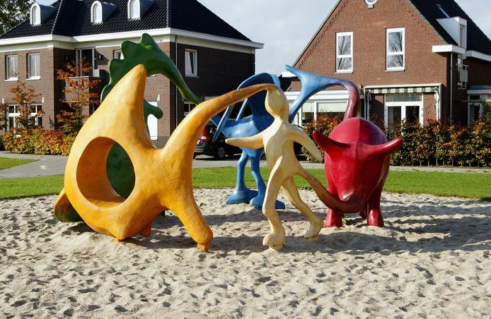Een voorbeeld van een creatie waarmee kunst gecombineerd wordt met spel. Ook dit kunstwerk staat aan de Laamhoef in Gemonde.