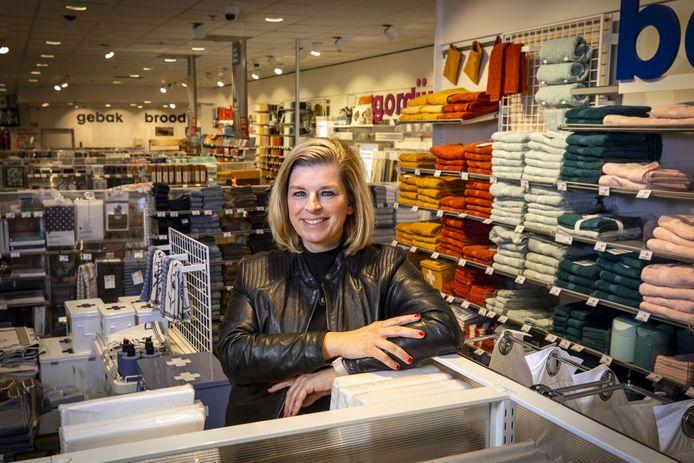 Karin Goldschmidt, directeur van de HEMA Oldenzaal.