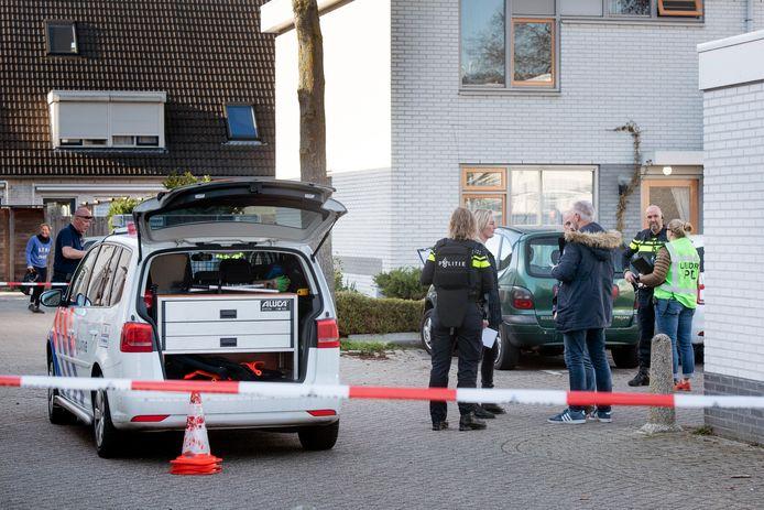 Arnhem, 25 februari 2019. Politie bij woning aan de Corrie Tendeloostraat in Arnhem na een schietpartij in deze woning.