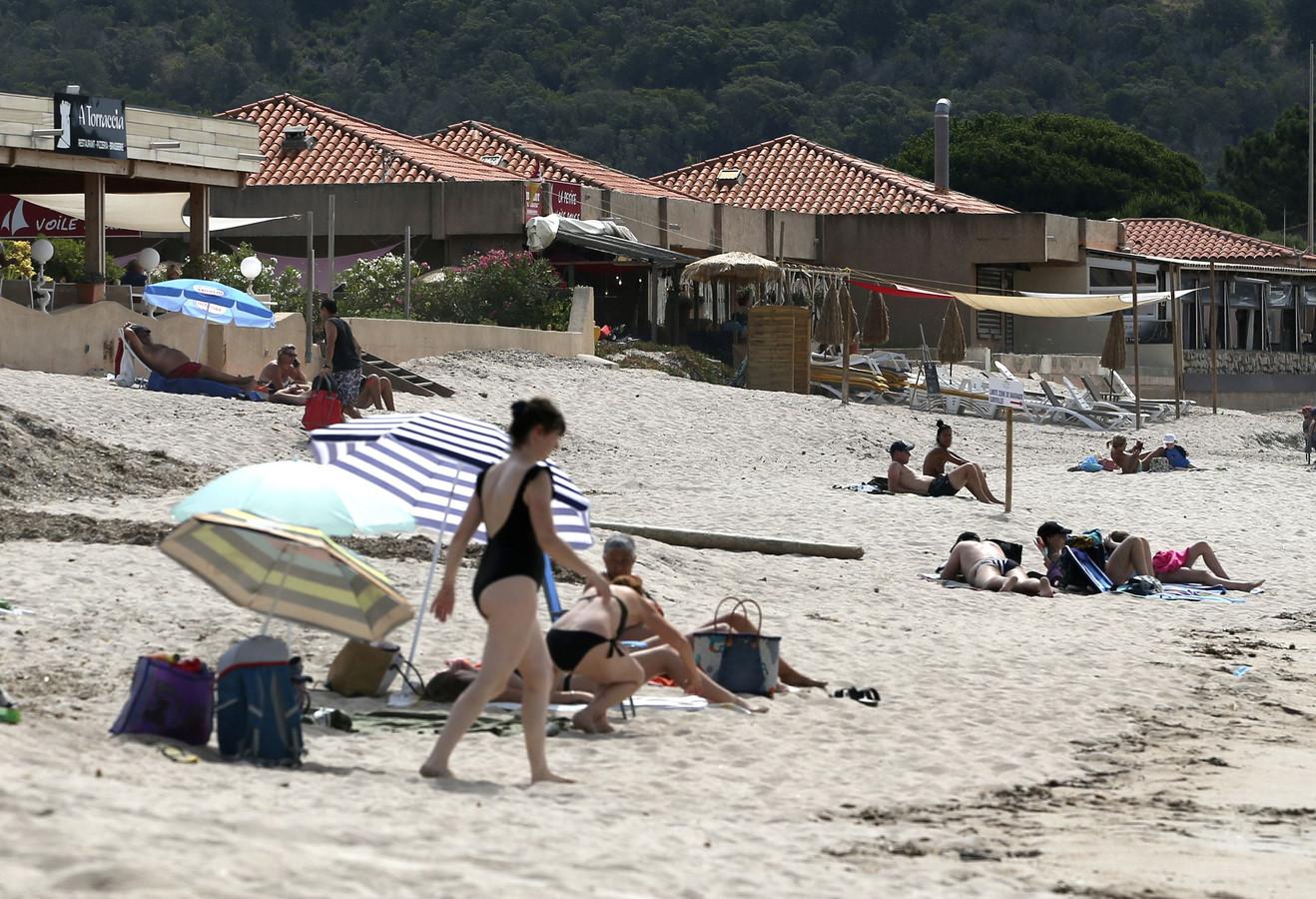 En Corse, le taux d'incidence du Covid-19 s'établit à 659 pour 100.000 habitants, avec un pic en Haute-Corse à 836 pour 100.000.
