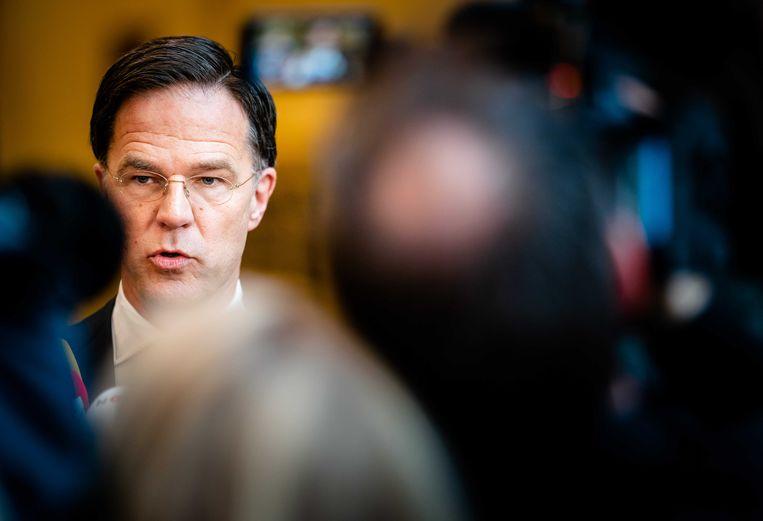 Premier Mark Rutte na afloop van het crisisoverleg over de verspreiding van corona op het Ministerie van Justitie en Veiligheid.  Beeld ANP