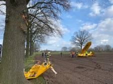Sportvliegtuig stort neer op akker bij Epse, Johan ziet het gebeuren: 'Er was iets helemaal niet goed'