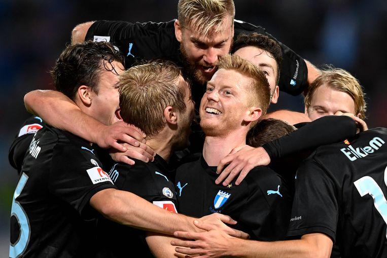 Anders Christiansen (centraal) komt over van Malmö voor ruim 1 miljoen euro. Beeld BELGAIMAGE