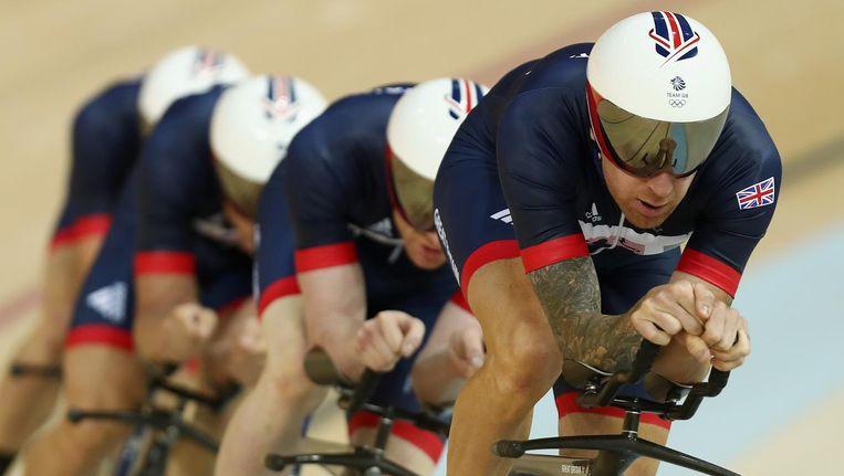 Wiggins leidt zijn ploeg tijdens een training in Rio. Beeld null