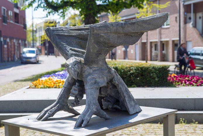 De 'Carnavalk' van Peter van Elderen op het 'ADA-pleintje' in Valkenswaard