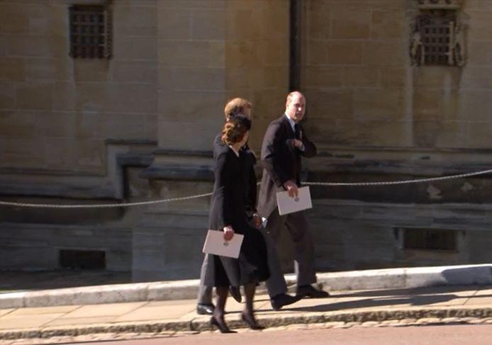 Le prince Harry, le prince William et Kate Middleton ont été aperçus ensemble à la fin de la cérémonie.