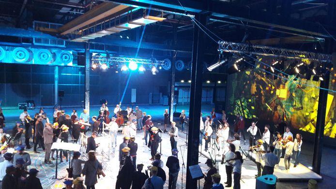 Philharmonie Zuidnederland tijdens een optreden in het Klokgebouw in Eindhoven (archieffoto).