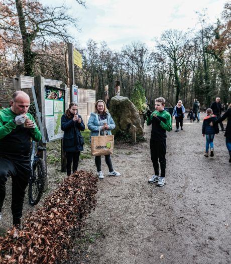 Het bos is opnieuw de grote publiekstrekker: 'Ik heb hier nog nooit zoveel mensen gezien'