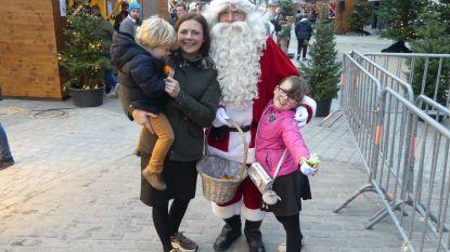 Kalme kerstmarkt door miezerig weer