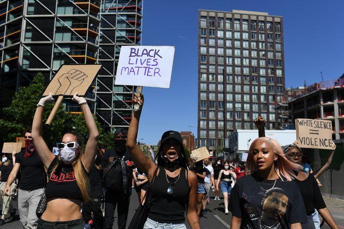 Uit solidariteit met Amerikaanse demonstranten wordt maandag een antiracisme demonstratie gehouden op de Dam.