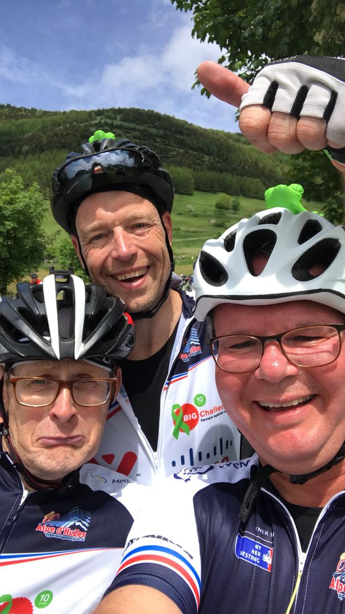 Nico Verschuur,  Arno Guijt  en Martin Klaus (v.l.n.r.) hebben de top bereikt.