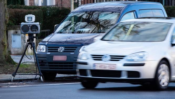 Helft van chauffeurs geflitst bij controle in Polderstraat