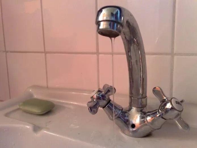 Er komt door de storing minder water uit de kraan in de hele gemeente Dronten.