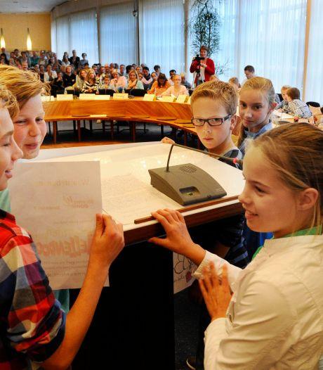 Eindelijk geld voor kindergemeenteraad in Wierden: 'Zo gaaf als ze hun ideeën uitgevoerd zien'