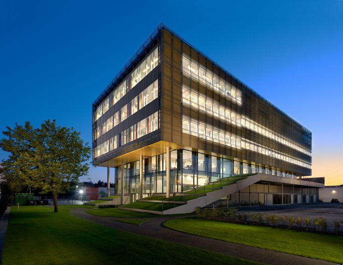 Het complex van Synthon in Nijmegen. De innovatieve tak van de Nijmeegse geneesmiddelenproducent - het biotechnologiebedrijf - gaat nu zelfstandig verder onder de naam Byondis.