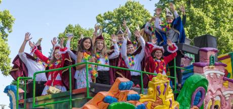 Carnaval, in Overloon gewoon in de zomer