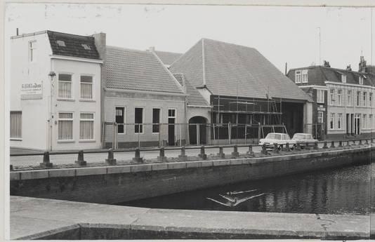 Archieffoto van bouw schuur firma Bakx in Bergen op Zoom, 1975