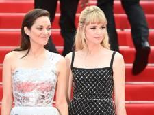 Spike Lee en rose bonbon, un topless remarqué et Marion Cotillard et Angèle sur le premier tapis rouge de Cannes