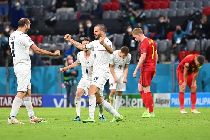 Chiellini en Bonucci juichen na de zege tegen onze Rode Duivels.