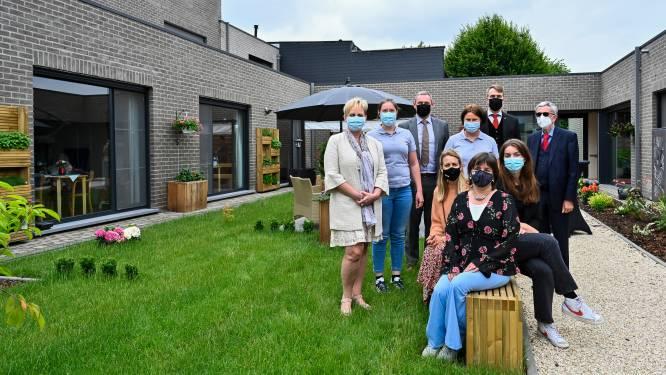 WZC Familiehof vormt binnentuin om tot groen paradijs