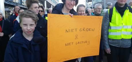 Honderden Zeistenaren de straat op tegen omstreden verkeersplan: 'Gemeente negeert ons!'