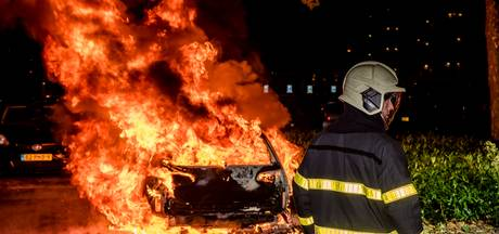 Autobrand aan Tilburgse Mozartlaan