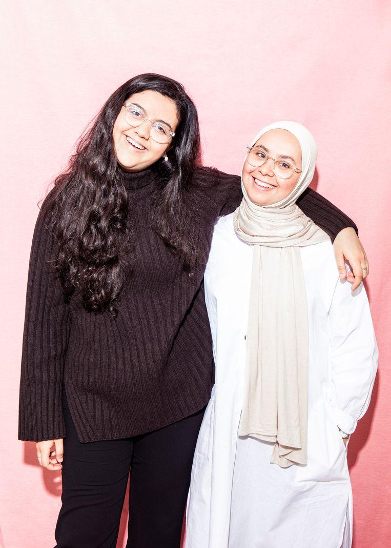 De zussen Sofia en Najoua Sabbar. Beeld Hilde Harshagen