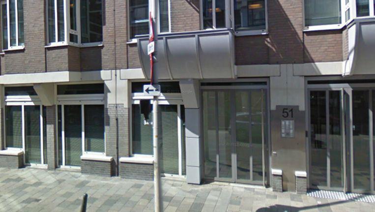 De ingang van de ambassade van Afghanistan aan de Laan van Meerdervoort in Den Haag. Beeld Screenshot Google Streetview