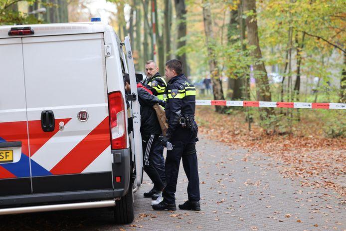 De politie pakte meerdere verdachten op voor de vechtpartij bij de school in Wapenveld.