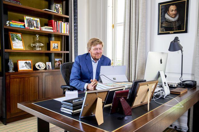 Ook koning Willem-Alexander zal op Koningsdag grotendeels via videoverbindingen in contact staan met anderen