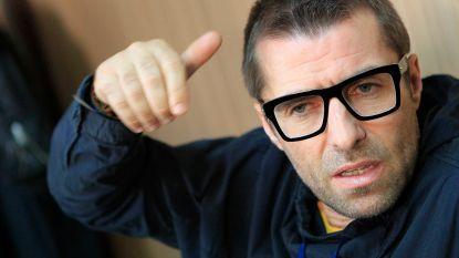 """Liam Gallagher doet bizarre uitspraak: """"Duitse politie trok mijn voortanden uit met een tang"""""""