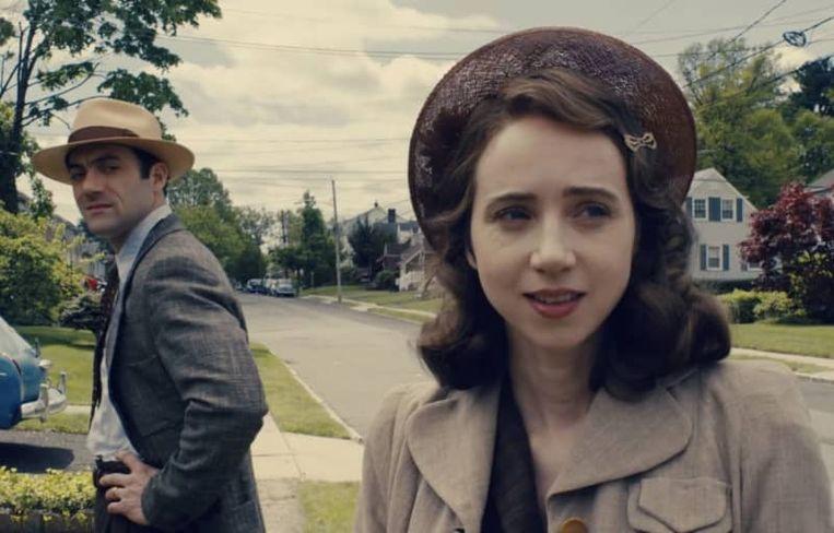 Morgan Spectior en Zoe Kazan als het joodse echtpaar Herman en Bess Levin in 'The Plot Against America'. Beeld HBO