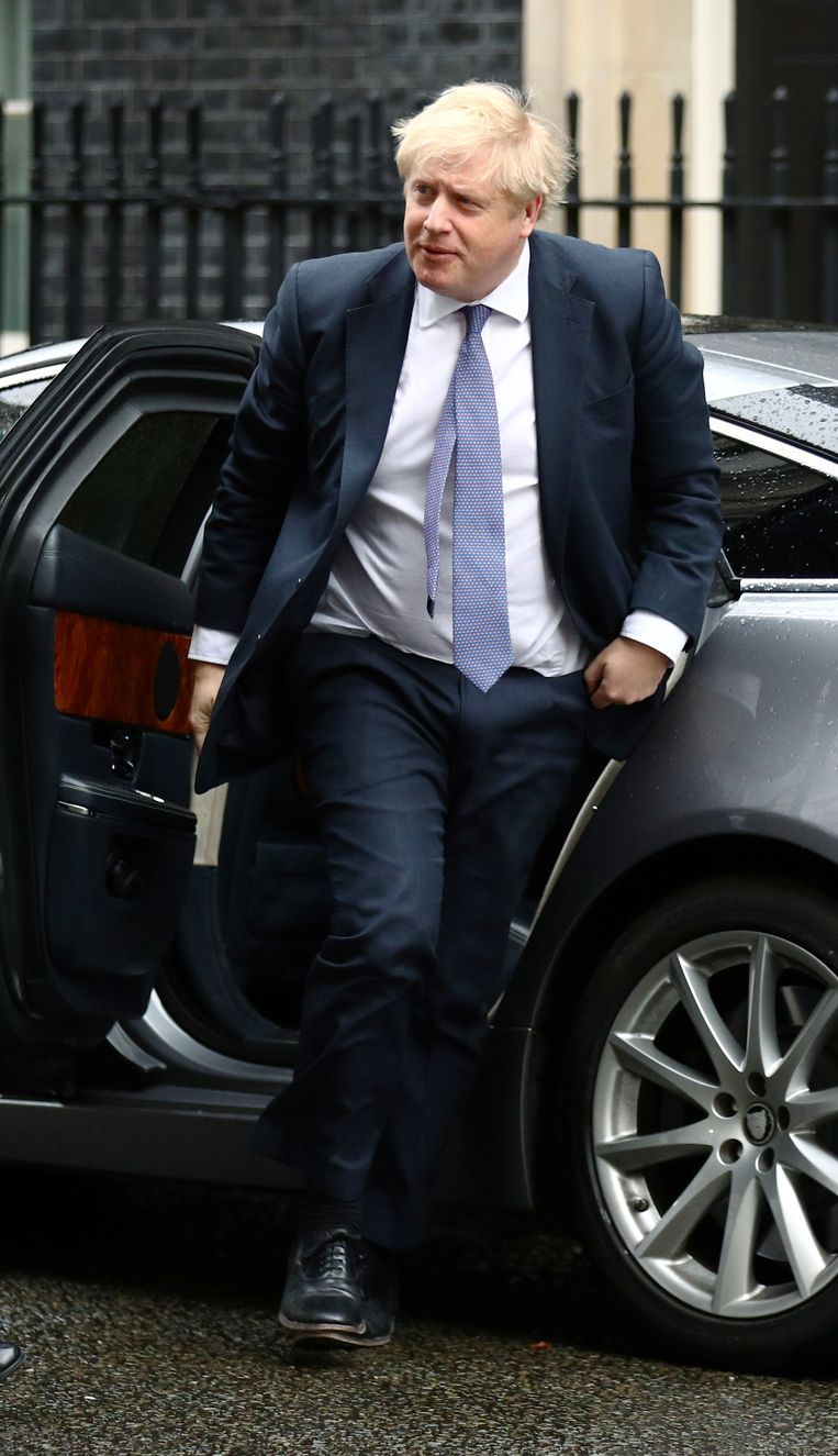 Boris Johnson arriveert bij Downing Street in Londen. Beeld Reuters