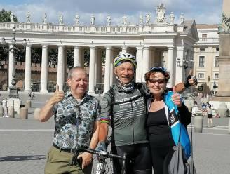 """Luc fietste in zijn eentje naar Rome: """"Op 1.900 kilometer niet één keer lek gereden"""""""