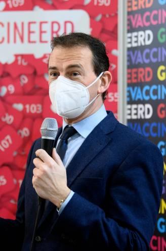"""Beke laat vandaag vaccinatie-uitnodigingen voor 85-plussers verzenden: """"Twee weken vroeger dan verwacht"""""""