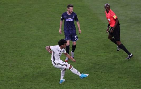 Romarinho scoort tegen FC Auckland.