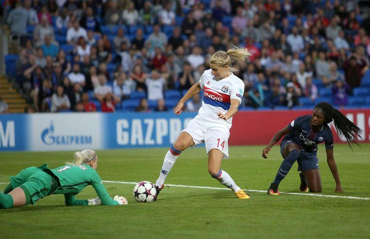 Ada Hegerberg mist een kans tegen Paris Saint-Germain in de finale van de Champions League. Beeld epa