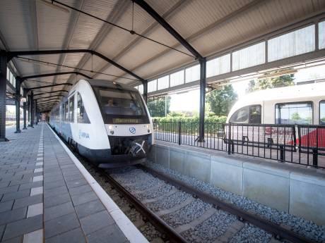 Petitie moet spoorlijn van Twente naar Groningen in Tweede Kamer brengen