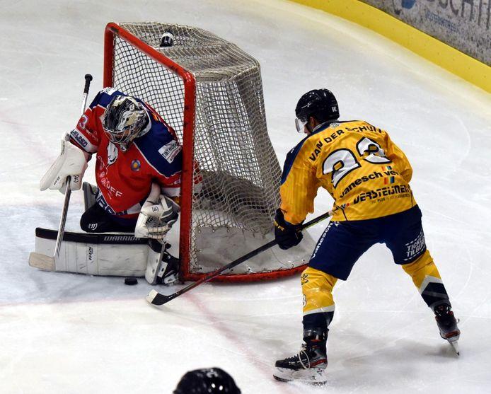De ijshockeyers van Tilburg Trappers hebben dit weekeinde een dubbelslag geslagen.