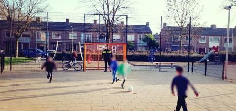 Politie Culemborg trapt balletje met kinderen in wijk Terweijde (en verliest)